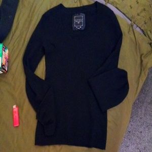 Blk cashmere sweater